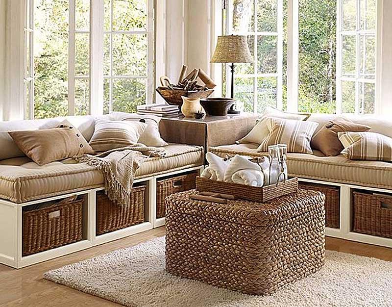 гостиная с плетеным коробом