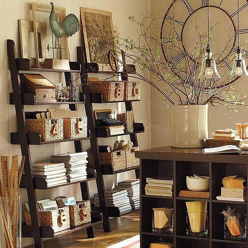 плетеные корзины в кабинете