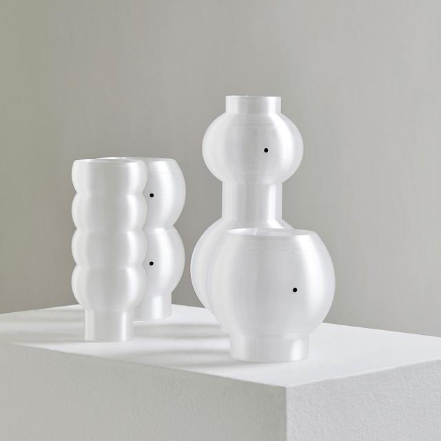 Bubble Vase Vase by Jongdae Ryu and Namgwon Lyu
