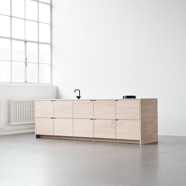 Up-by-Reform-Sustainable-High-Quality-Kitchen-by-Jeppe-Christensen-and-Michael-Andersen