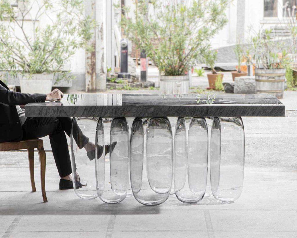 """Коллекция мебели """"Перевернутая гравитация"""""""