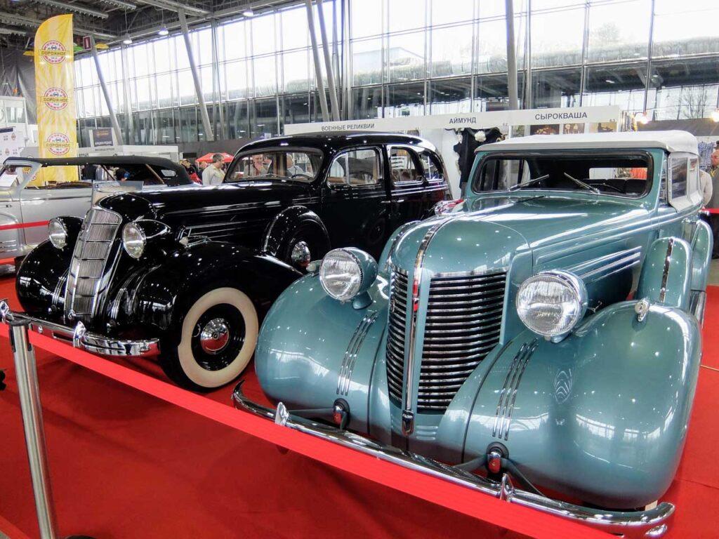 выставка ретро автомобилей.