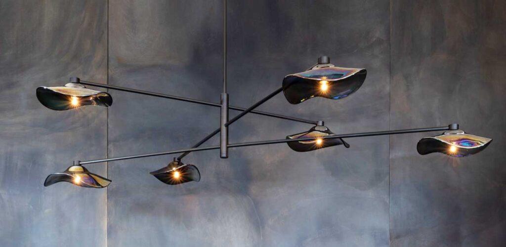 Люстра Calla от дизайнера Джона Помпа