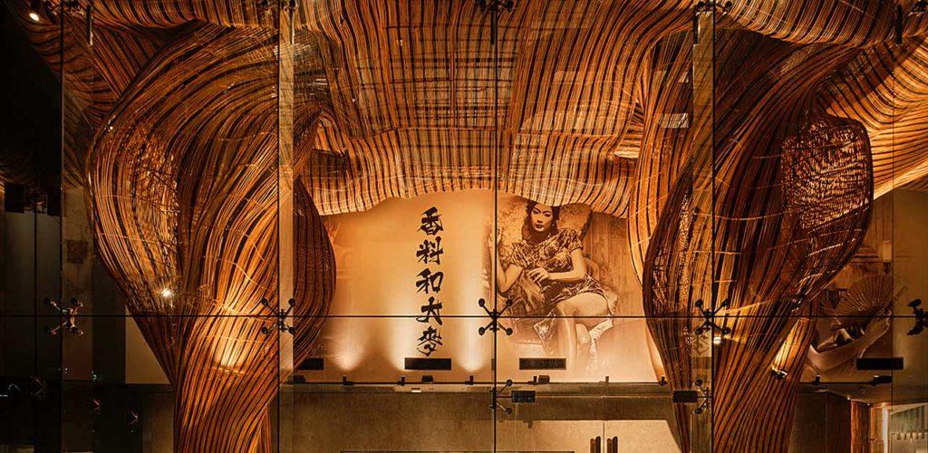 Интерьер ресторана Spice & Barley в Бангкоке